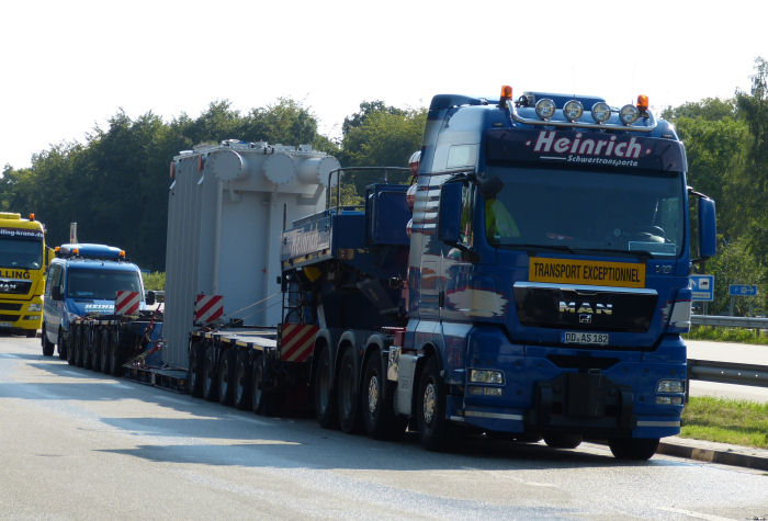 MAN 41.680 TGX mit 96 t Trafotransport
