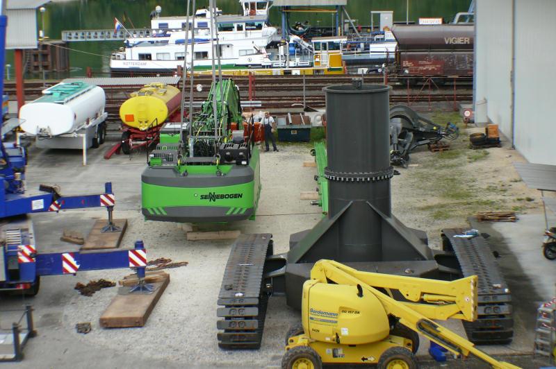 Lohmüller Lörrach montage eines sennebogen 870 umschlaggerätes in birsfelden